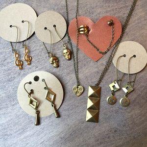 Jewelry - Large bundle of new jewelry never worn
